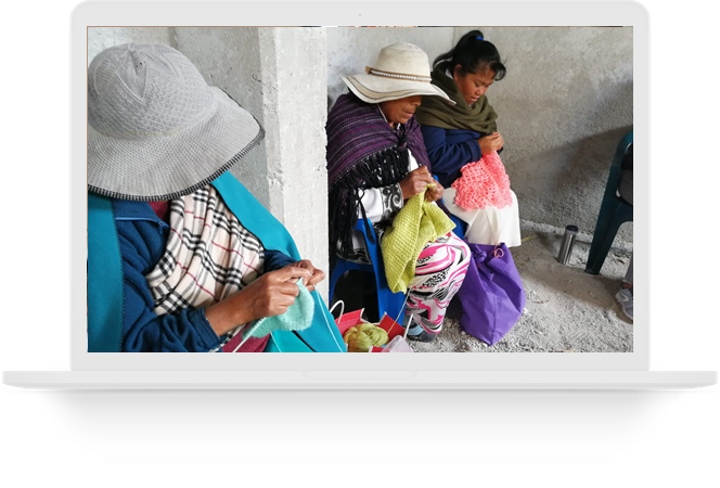 Mujeres Tejedoras de Amealco de Bonfil